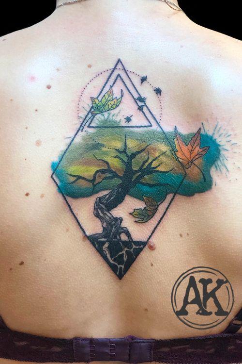 #tattoo #tattooinspiration #tat #tattooideas #tatoo #tattoogirls #tattoos #tats #tattoostyle #tatto #tatuagem #tattooist #tattooed #tattoolove #tattooer #tattooing #graphic #graphictattoo #treetattoo #watercolor #watercolortattoo #colortattoo #femaletattooartist #artist #ankiekuis #sweetarttattoo #waalwijk #tribaltrading #tilburg
