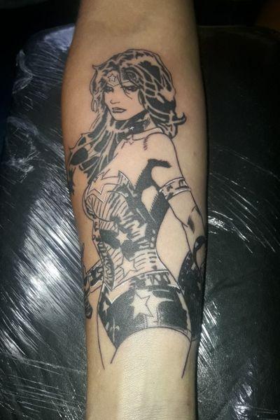 #wonderwoman #wonderwomantattoo #mujermaravilla #dccomics #dccomictattoo #justiceleague #justiceleaguetattoo #galgadot #Tattoodo Instagram:JMVtattoo