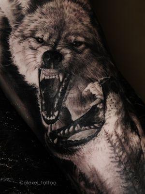 Tattoo wolves in a realistic style by tattoo artist Alexei Mikhailov Instagram @alexei_tattoo #tattoorealism #tattoorealistic #wolves #realism #inked #toptattoo #blacktattoo #blackandwhitetattoo #tattoowolf #alexeimikhailov #alexeitattoo