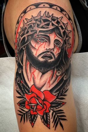 Jesus piece by @zimovan. #jesus #religious #rose #bright #traditional #traditionaltattoo #nctattooers #ashevillenc