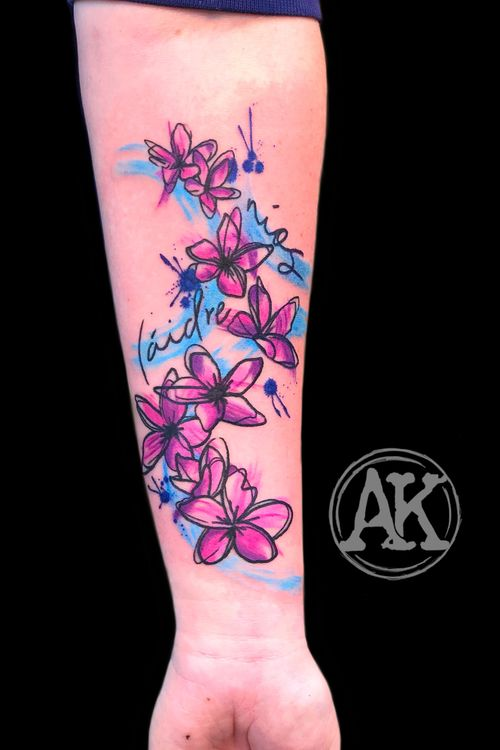 #tattoo #tattooinspiration #tat #tattooideas #tatoo #tattoogirls #tattoos #tats #tattoostyle #tatto #tatuagem #tattooist #tattooed #tattoolove #tattooer #tattooing #graphic #graphictattoo #watercolor #watercolortattoo #colortattoo #femaletattooartist #artist #ankiekuis #sweetarttattoo #waalwijk #tribaltrading #tilburg