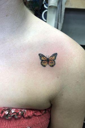 Mini butterfly. #tattoo #tattoos #blackandgreytattoos #inkedmag#myinkaddict #lasvegas #tattooworkers #tattooartist  #inked #blacktattoo #tattooart #worldofpencils #artist #floral#butterflytattoo #lasvegastattoo #lasvegastattooartist #dotwork #iblackwork #artist #inked#rose #blxink #butterfly #roses#crosshatch#blackworkerssubmission