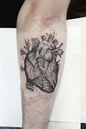 #kuro #kurotrash #tattoo #tattooing #tattoos #tattooed #tattooer #black #blackandwhite #blackwork #blackworkers #ink #inked #darkartists #darkart #onlythedarkest #blackarts #blackink #dotwork #tattooart #tattooartist #vienna #wien #sketch #graphicdesign #blackandwhite #Black #blacktattoo #inkstagram #hearts #heart #hearttattoo #blackartist