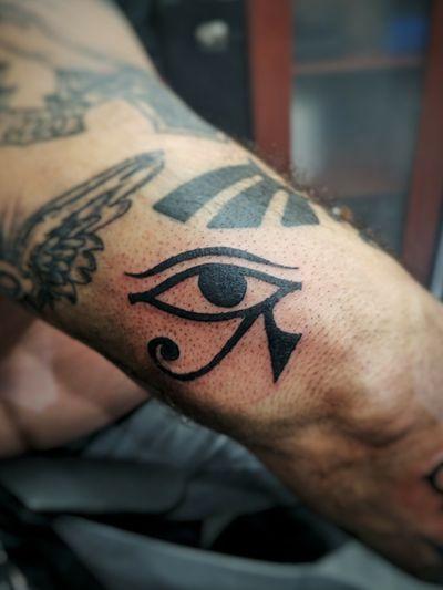 #horuseye #eye #blackwork #symbolism #design #egyptian #symbol #horus #god #spiritual #smalltattoo #tattooideas #tattoodesign #voodootatts
