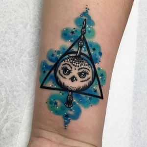 Tattoo by Roberto Euan #RobertoEuan #movietattoos #movies #famous #actors #actress #owl #harrypotter #magic #color