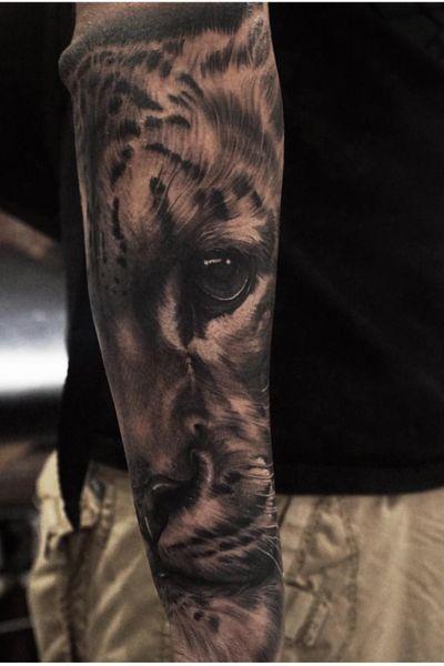 #realism #realistic #leopard #tattooart #blackandgrey #animal #portrait #animalportrait