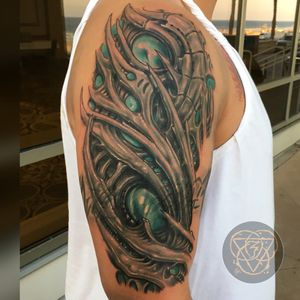 This is a nice progress shot of this bio organic cover up of a tribal.. my all time favorit stuff to tattoo is bio organic type stuff!!👽✌️#biomechanical #biomech #biomechanicaltattoo #Bioorganic #coverup #coveruptattoo #blackandgrey #colortattoo #blackandgreytattoo