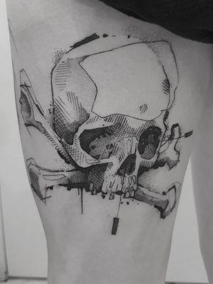 #tattoo #tatouage #davyleboucher #manticoretattoostudio #toulouse #tuelamort #blackworker #blackink #darkart #graphictattoo #sketchstyle #darkartists #onlyblackart #blacktattoo #darkornaments #skull #skullandbones