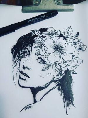 Mulher e flor