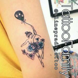 Tattoo Family Av Brigadeiro Jordão  n 218 Abernéssia #tattoo #aceofspadestattooepiercing #liliaceofspadestattoo #inkedtattoofamily #tattooinkedfamily #finelinetattoo #inkedgirls
