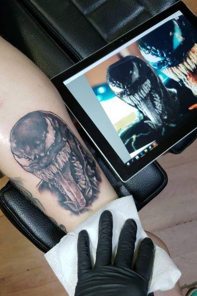 Black and Gray Venom tattoo done by Wolf tattoos 216. @wolftattoos216 #blackandgreytattoo #venom #cleveland #MarvelTattoo #portait