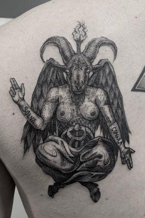 👿 custom designed. #tattooartist #linework #blackandgrey #owndesign #fun #Black