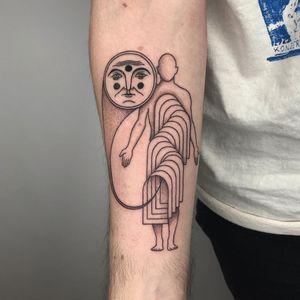 Tattoo by Inaki Aires #InakiAires #coolesttattoos #cooltattoo #favoritetattoo #besttattoo #illustrative #moon #portal #linework #thirdeye #enlightenment #body