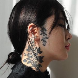 Tattoo by MoodyBlaxk #MoodyBlaxk #coolesttattoos #cooltattoo #favoritetattoo #besttattoo #rose #floral #flower #illustrative #blackwork #facetattoo #necktattoo