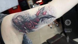 Whale will take your breath away. Thank you Janice for your trust! Enjoyed it! #whaletattoos #whaletattoo #whale #rose #rosebuds #rosebud #rosestattoo #RoseTattoos #wandal #blackAndWhite #blackandgray #biceptattoo #tattooart #tattoostyle #beautiful #beautifultattoo #tattooed #tattooedgirls #inkedgirl