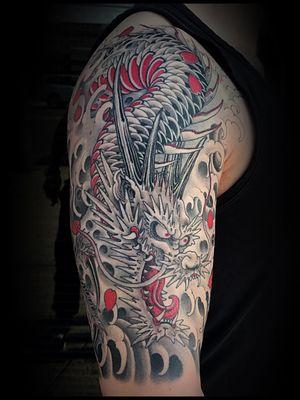 Tattoo by Matt Beckerich #MattBeckerich #Japanese #Irezumi #FountainheadNY #dragon #waves #cherryblossoms