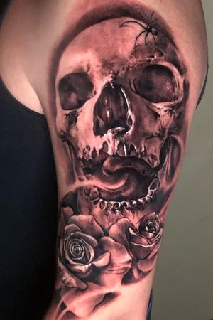 Freehand black and gray by artist Carl Grace