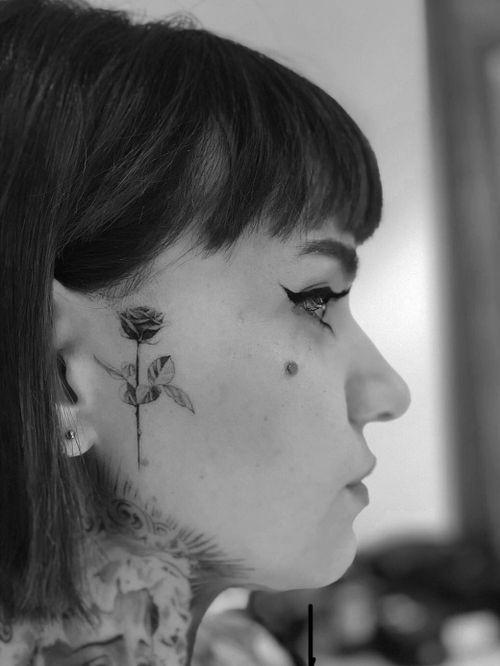 #rose #rosetattoo #minimalist #blackandgrey #realism #Tattoodo #alianilercel
