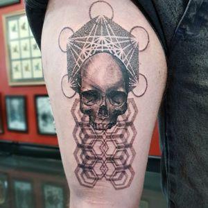 Skully good fun Swirlywanxsinatra@gmail.com #tattoo #blackandgrey #mandala #dotwork #lanternandsparrow #brisbane #brisbanetattoo #blackworktattoo #blackwork #geometrictattoo #geometric #sydneytattoo #sydney #australiantattoo #ritalinpower #brisbaneartist #btattooing #brisbanetattooartist