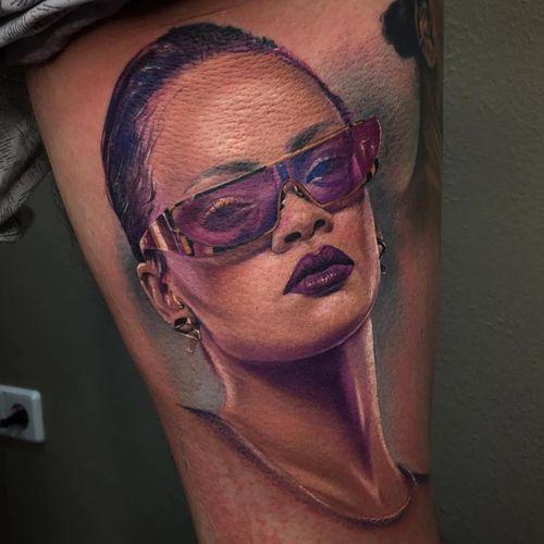 Tattoo by David Giersch #DavidGiersch #musiciantattoos #musician #portrait #music #Rihanna #color #realism #realistic #hyperrealism
