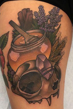 Honey, cat skull, crystal tattoo