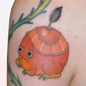 Tattoo by Brindi #Brindi #frogtattoos #toadtattoos #frogs #toads #animals #amphibian #nature #color #illustrative #orange #fruit #food