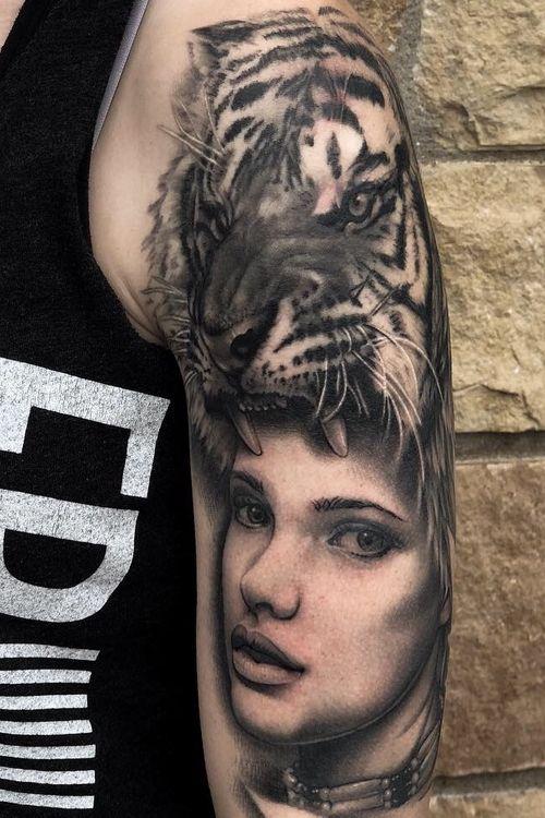 Tiger headress mostly healed #headdress #tigertattoo #portraittattoo #tiger #blackandgrey #animalportrait #texas #california #Austin #austintexas #ATX #losangeles