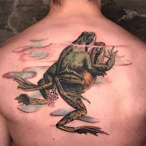 Tattoo by Esther Garcia aka butterstinker #EstherGarcia #butterstinker #frogtattoos #toadtattoos #frogs #toads #animals #amphibian #nature #illustrative