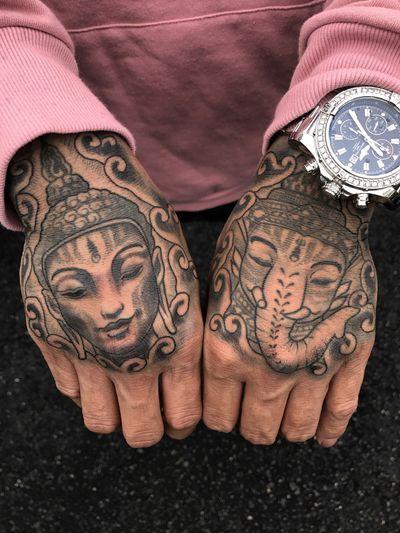 #buddha #ganesh #ganesha #hand #thai #thailand #illustrative #drawing #blackandgrey #customtattoo #dotwork #blackwork #blackworktattoo #ornamental