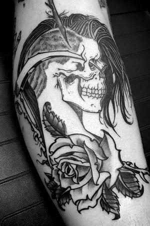 #dead2you #fourarrows #deadgirl #skullandrose #crossedkeyssociety #fortlauderdale #florida #blackwork #blackandgrey #blackart