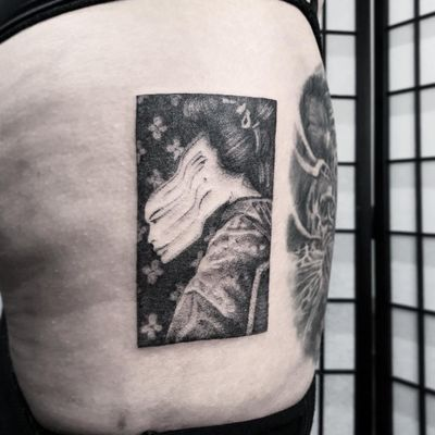 Tattoo by Le Lu aka 54.43_20.30 #LeLu #54.43_20.30 #squaretattoos #square #shape #framed #frame #warped #melting #geisha #lady #portrait #blackandgrey