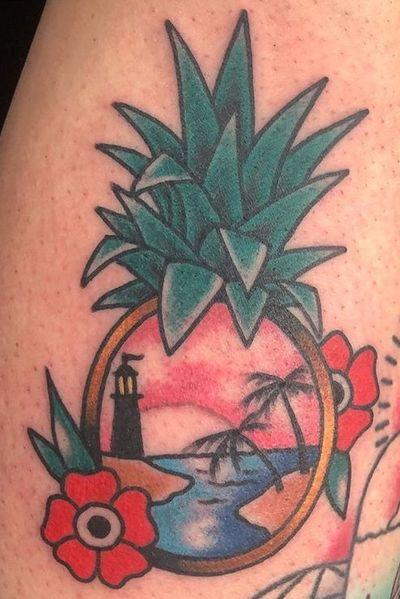 #pinappletattoo #pineapple #beach
