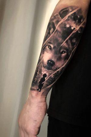 Wolf and Boy #wolftattoo #boyshadow #koreatattoo #seoultattoo #ssabtattoo