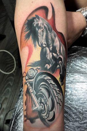 instagram.com/krismengiotattoo #krismen #colortattoo #bikertattoo #horsetattoo #tattookharkov #ukrainetattoo