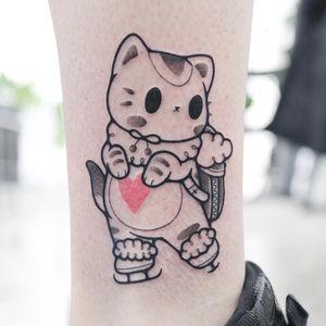 Tattoo by Hugocide #Hugocide #awesometattoos #tattoodoapp #tattoodoappartists #linework #illustrative #cat #kitty #iceskating #anime #manga #cute #heart
