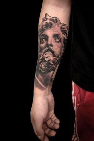 Statue tattoo works #statuetattoo #progresstattoo #blackandgreytattoo #geyink #empireink #whitewash