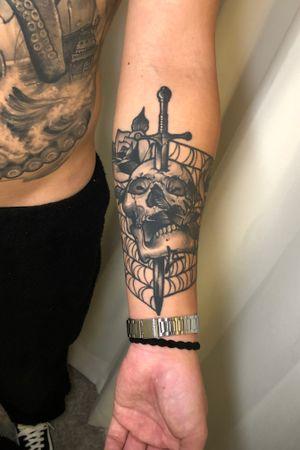 skull dagger rose ! #skulltattoo #daggertattoo #rosetattoo #spiderweb #koreatattoo #seoultattoo #ssabtattoo