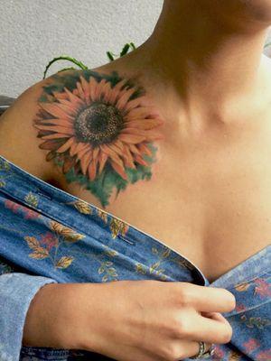 Flower tattoo #tattoos #flowerstattoos #art #fullcolortattoos