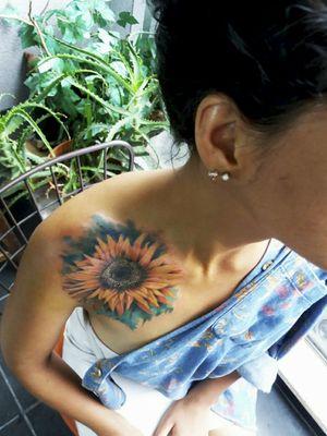 Flower tattoo #tattoos #flowerstattoos #art #fullcolor