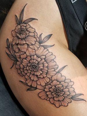 freehand dotwork marigold flowers #freehand #dotworktattoos #flowertattoo #nyctattooer