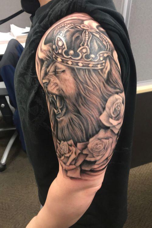 Lion tatt