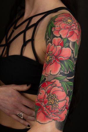 #tattoo . . . . . . . #jasonsextontattoo #japanesetattooart #japanesestyletattoo #japanesetattoo #asiantattoo #irezumi #asianink #japanesetattoos #irezumistudy #irezumitattoo #irezumism #irezumicollective #irezumitattoos #irezumiink #dharma #meditation #peony #peonies #girlswithtattoos #flower