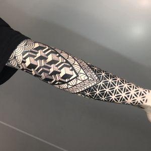 #tesselation #sleeve #sleevetattoo #dotwork ##patternwork