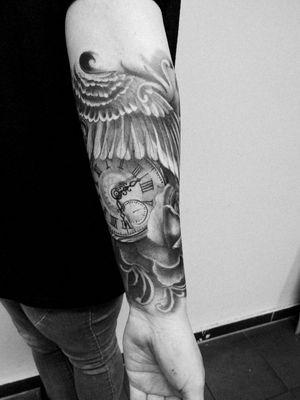 ❤️ #inksideme #blackandgreytattoo #blackworks #illustrative #tattooart