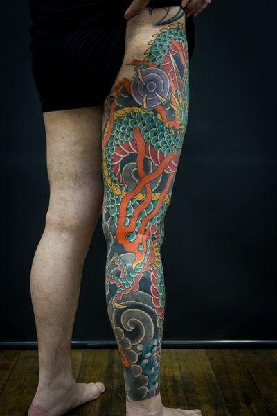Dragon leg sleeve. #ryu #dragontattoo #traditionaljapanesetattoo #legsleeve