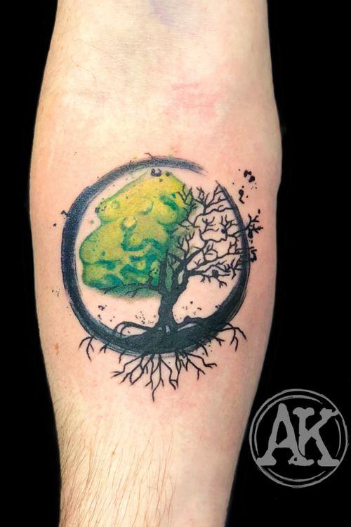 #tattoo #tatoo #tattooideas #tattoos #tatto #tattooed #tattoodo #tattooist #tattooart #tattooing #tatuagem #tattoostyle #watercolor #watercolortattoo #brushstrokes #brushstroketattoo #treeoflife #treeoflifetattoo #femaleartist #femaletattooartist #artist #ankiekuis #sweetarttattoo #waalwijk #tribaltrading #tilburg