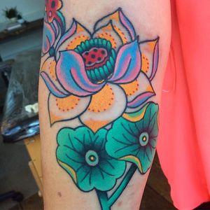 Tattoo by Robert WIlden aka Deathsure #RobertWilden #Deathsure #color #traditional #psychedelic #flower #lotus