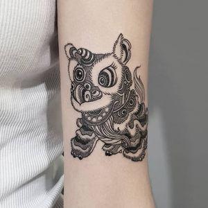 Tattoo by Shane Leong #ShaneLeong #ChineseTattoos #ChineseNewYear #LunarNewYear #Chinese #chineseart #China #foodog #shishi #illustrative #Linework #dotwork #lion #liondance #puppet