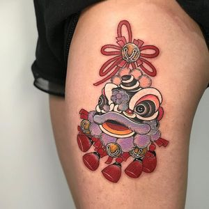Tattoo by Miss Orange #MissOrange #ChineseTattoos #ChineseNewYear #LunarNewYear #Chinese #chineseart #China #foodog #shishi #puppet #bells #color