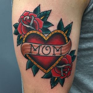 #traditional #brightandbold #rose #heart #mom #momheart